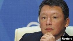 Тимур Құлыбаев.