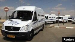 Конвој со затворениците кои од Израел ќе пристигнат во Египет