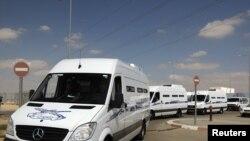 Египетских заключенных везут на границу Израиля с Египтом, где состоится их обмен на израильтянина