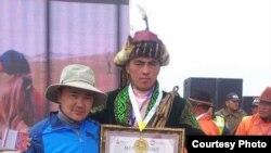 В монгольском городе Баян-Ульгий в основном проживают этнические казахи.