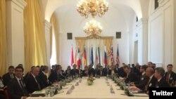 سومین نشست کمیسیون مشترک بررسی برجام پنجشنبه و جمعه در پایتخت اتریش برگزار شد.