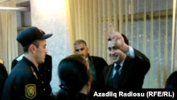 Azerbaijan -- Jailed activist Bakhtiyar Hajiyev in court, 18May2011