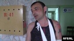 Украинадағы Новоградовка қаласының тұрғыны Александр Гуров. 16 мамыр 2014 жыл.