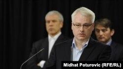 Ivo Josipović na konferenciji za tisak nakon sastanka na Jahorini, veljača 2012.