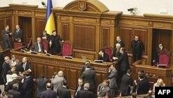 """Тимошенко пообещала, что если оппозиция будет снова блокировать трибуну в Раде, """"оранжевые"""" готовы к """"экстремальному"""" голосованию"""