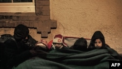 Дети-мигранты на границе Сербии и Македонии. Иллюстративное фото.