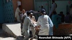 در حمله انتحاری در ولسوالی مهمند دره شصت و هشت تن کشته شدند و ۱۶۵ تن دیگر زخم برداشتند.