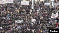 تظاهرات ضد دولتی در یکی از شهرهای سوریه