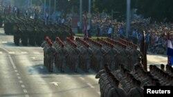 Военный парад в Загребе, Хорватия, 4 августа 2015 года.