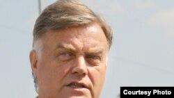 Владимир Якунин уверен, что в РЖД все идет по плану.