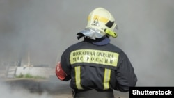 GENERIC – Firefighter in Russia Moscow @SHUTTERSTOCK
