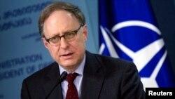 Заместитель генерального секретаря НАТО Александр Вершбоу.