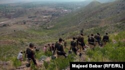 Pakistani troops in the FATA (photo by Radio Mashaal's Majeed Babar)