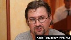 Андрей Гришин, құқық қорғаушы. Алматы, 3 тамыз 2010 жыл.