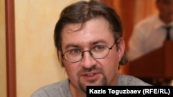 Құқық қорғаушы Андрей Гришин. Алматы, 3 тамыз 2010 жыл.