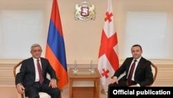 Georgia - Prime Minister Irakli Gharibashvili (R) meets with Armenian President Serzh Sarkisian, Tbilisi, 30Oct2015.