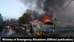 Пожар на Ошском рынке. 13 апреля.