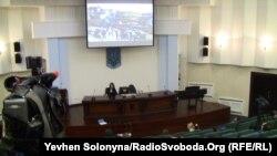Трансляція судового засідання в залі для журналістів у Апеляційному суді Києва, 21 грудня 2011 року