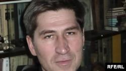 Regional Yabloko leader Vasily Popov