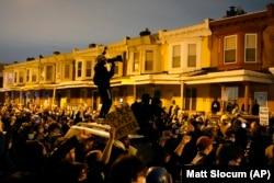 Протесты в Филадельфии после убийства полицией вооруженного афроамериканца. 27 октября 2020 года