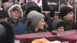Собчак, Навальний, Яшин, Явлінський вийшли на «Марш Нємцова» у Москві (відео)