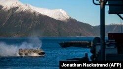 Pamje gjatë stërvitjes së trupave të NATO-s në Norvegji.