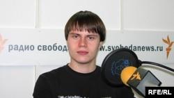 Иван Большаков был задержан после жалобы на Владимира Путина