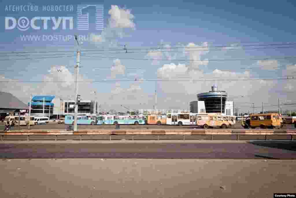 Russia -- Chelyabinsk, zakrytie avtovokzala - Челябинские власти закрыли Южный автовокзал