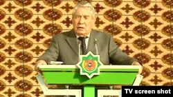 Myalikguly Berdymukhammedov, the father of Turkmen President Gurbanguly Berdymukhammedov, in a September 2009 television appearance
