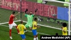 Շվեյցարիայի հավաքականը գրավում է Բրազիլիայի հավաքականի դարպասը, Դոնի Ռոստով, 17-ը հունիսի, 2018թ․