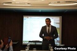 Ташкентский предприниматель Мухаммадбабур Хаджаев обвинил главу Ташкента в «вытеснении» с рынка строительства новостроек.