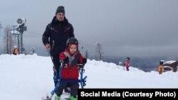 Андрей Баталов занимался реабилитаций детей-инвалидов на Розе Хутор в Сочи
