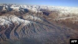 Вид на окрестности Душанбе с высоты птичьего полета. 2002 год.