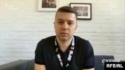 А в компанії Вадима Махомеда, яка займається вебсайтами, три роки тому провели обшук – та згодом з'ясувалося, що міліція помилилася