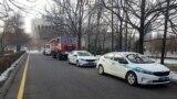 Республика алаңы маңында тұрған полиция көліктері. Алматы. 16 желтоқсан 2018 жыл.