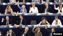 Եվրախորհրդարանի պատգամավորները քվեարկության ժամանակ, արխիվային լուսանկար