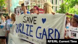Акция в поддержку Чарли Гарда