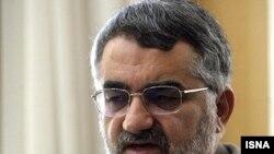 علاء الدين بروجردى، رییس کمیسیون امنیت ملی و سیاست خارجی مجلس.
