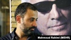 بهمن کیارستمی در مراسم ترحیم پدرش در کانون پرورش فکری کودکان و نوجوانان/ ۲۲ تیر ۹۵