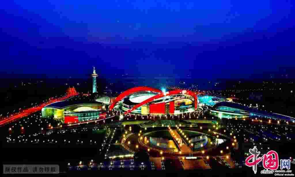 Нанкиндегі олимпиадалық ойындар аренасы.20 тамыз 2014 жыл.