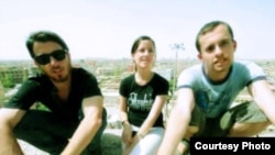 Josh Fattal, Sarah Shourd, and Shane Bauer in Iran in an undated photo from www.freethehikers.org