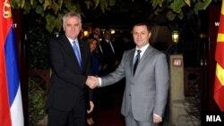 Средба на премиерот на Македонија Никола Груевски со српскиот претседател Томислав Николиќ во Скопје на 26 октомври 2012 година.