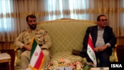 فرماندهان نيروهای مرزی ايران عراق درباره سازماندهی مرزهای مشترک گفت وگو کردند.