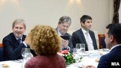 Han na sastanku sa delegacijom Makedonije koju predvodi Zorane Zaev