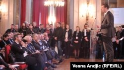 """Premijer Srbije Aleksandar Vučić na konferenciji """"Beogradski dijalog"""" dan posle pregovora u Briselu"""
