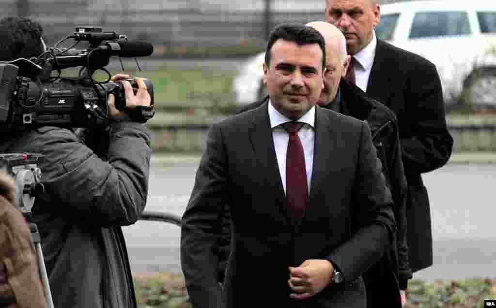МАКЕДОНИЈА - Премиерот Зоран Заев изјави дека е факт оти го сработиле очекуваното и Македонија навистина заслужува кристално чиста препорака од Брисел во пресрет на објавувањето на извештајот на Европската комисија за напредокот на земјата.