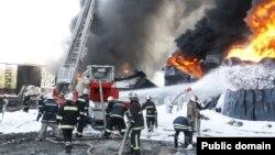 Пожежа на нафтобазі компанії «БРМС-нафта» біля Василькова, 10 червня 2015 року