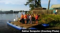 Судно Евгения Клепикова, волонтеры и жители Тулуна