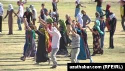 Репетиция к празднованию Дня Независимости, Туркменабат