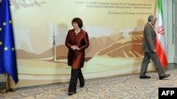 سعید جلیلی، مذاکره کننده ارشد هستهای ایران و کاترین اشتون، مسوول امور سیاست خارجی در نشست آلماتی.